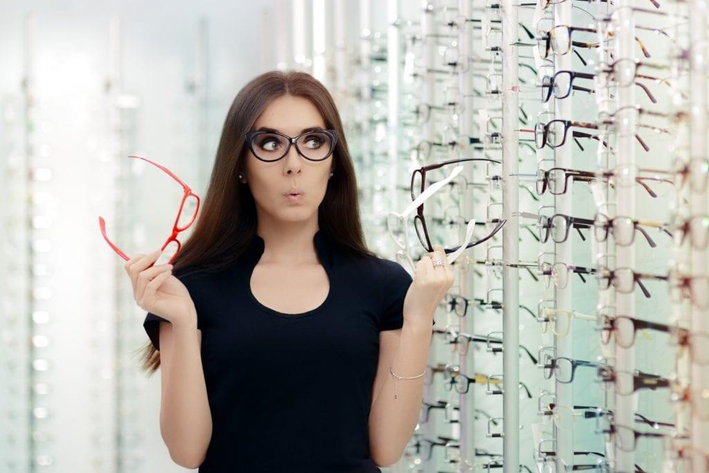 Ako si vybrať vhodný rám okuliarov